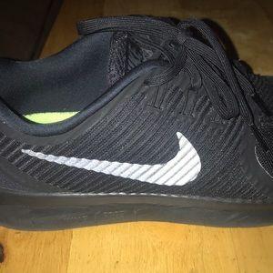 Nike black  sneakers